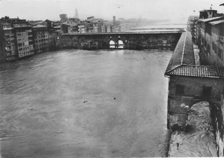 Florence-flood-1a